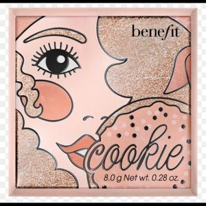 "🌟✨New Benefit Cosmetics ""Cookie"" Highlighter✨🌟"